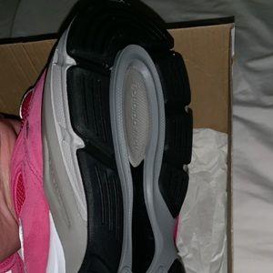 Pink Ribbon New Balance 990's , (Breast Cancer)
